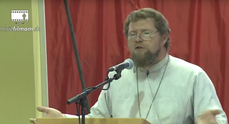 Otec Marcin – Vypnite televízor a čítajte Sväté písmo!